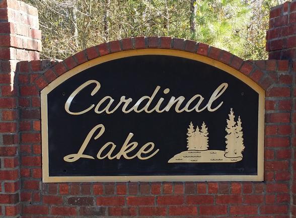Cardinal Lake-entrance